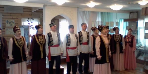 Выступление хора ветеранов «Дуслык»