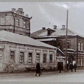 Фотография. Здание медресе пятого прихода