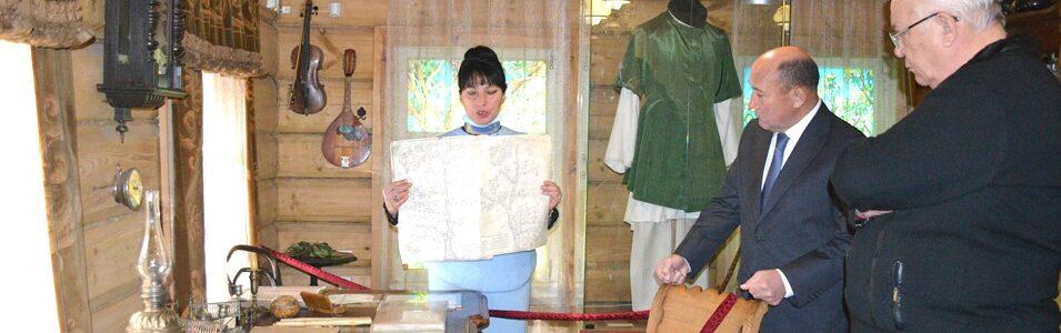28 октября Музей Каюма Насыри посетили Ахметов Марат Готович